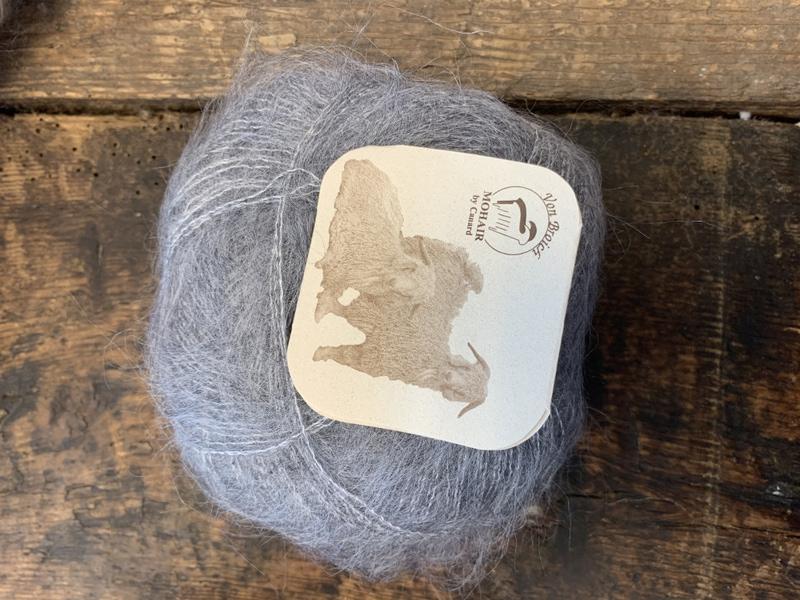 3101 Stone Brushed Lace