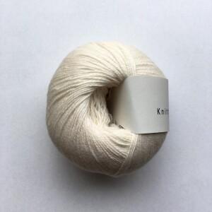 Bilde av Naturhvid - Knitting for