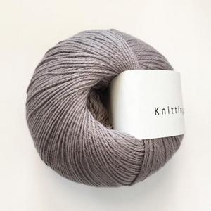 Bilde av Lilla Elefant - Knitting for