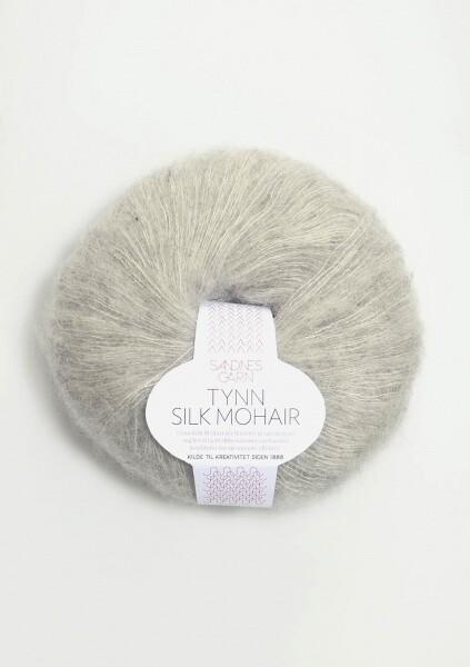 1022 Lys Grå melert Tynn Silk Mohair
