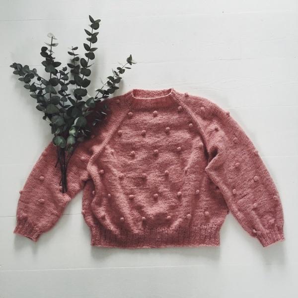 Mors popcorn bluse av a nordic knitting tale