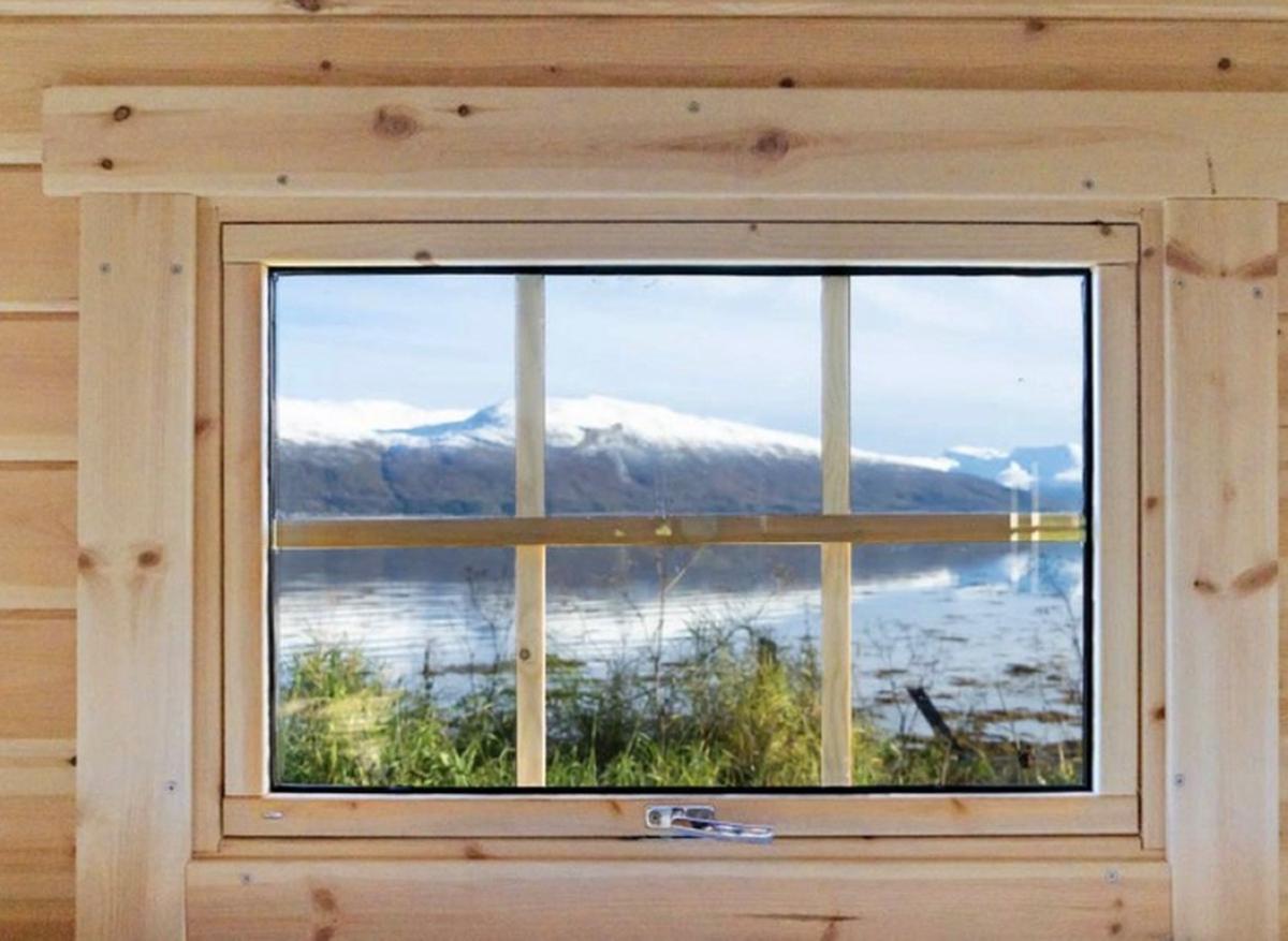 Extra vägg med fönster