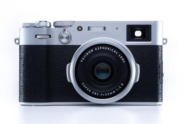 Bilde av Fujifilm X100V Sølv