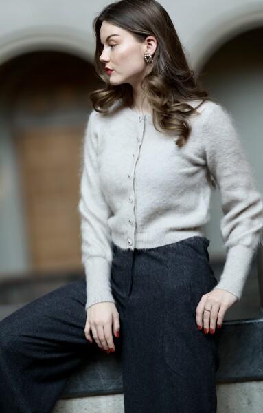 Bilde av Cathrine Hammel - Soft Petit Cardigan - Warm Grey