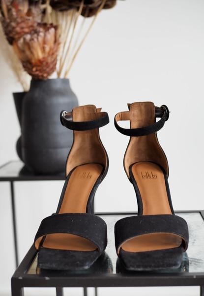 Bilde av Billi Bi - Black Square Suede Sandals