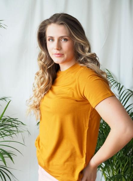 Bilde av Basic Apparel - Jolanda T-shirt - Inca Gold