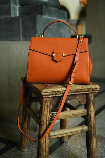 Bilde av Pourchet - Big leather satchel - Orange