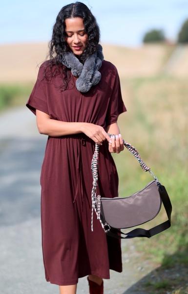 Bilde av Basic Apparel - Anjo Dress Outfit