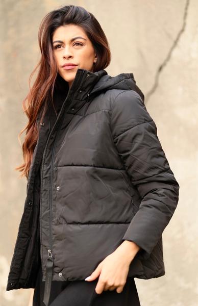 Bilde av Basic Apparel - Dagmar Short Jacket - Black