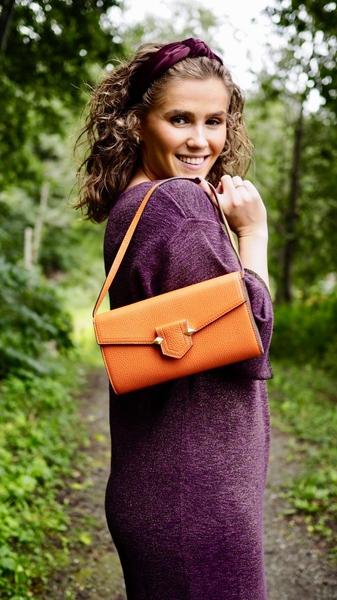Bilde av Pourchet - Convertible leather clutch - Orange