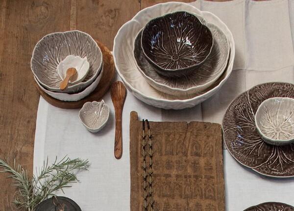 Bilde av Bordallo Bowl Medium - Beige