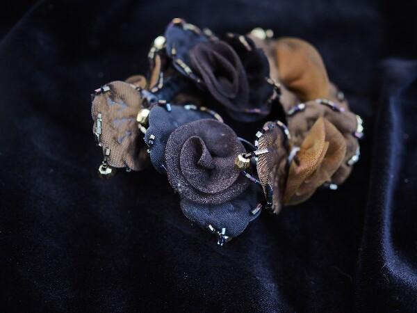 Bilde av Nectar - Hårstrikk Flower Organza - Cognac