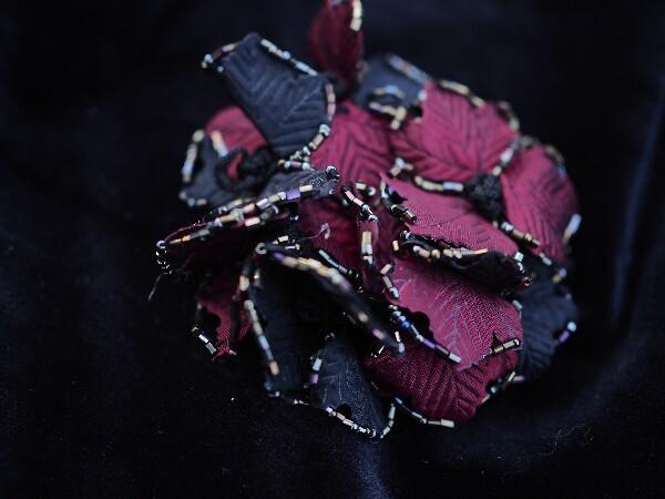 Bilde av Nectar - Hårstrikk Leaves - Black/Burgundy