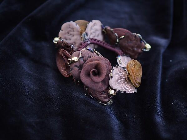 Bilde av Nectar - Hårstrikk Flower Organza - Bordeaux