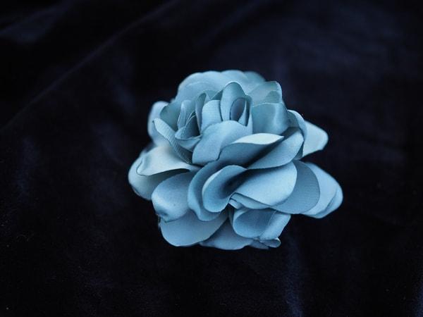 Bilde av Nectar - Silky Flower Hair/Broch - Sea Foam