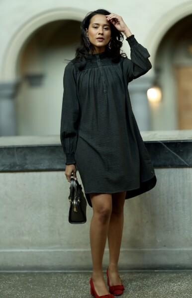 Bilde av Coster - Shirt dress in pigment dye - Hunter