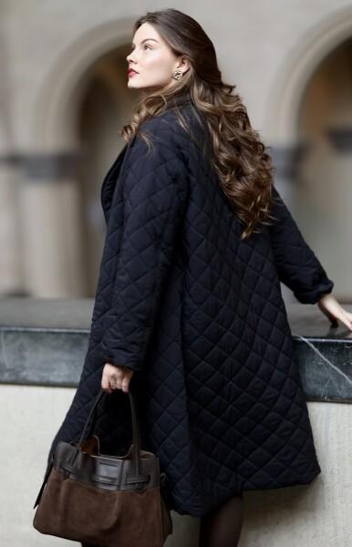 Bilde av Cathrine Hammel - Quilted Flared Coat - Black