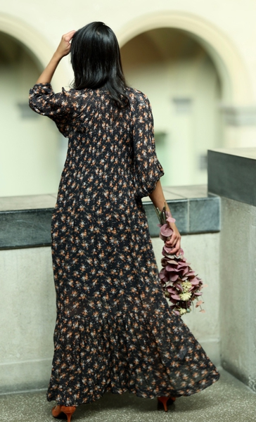 Bilde av By TiMo - Georgette High Neck Dress - Cassia