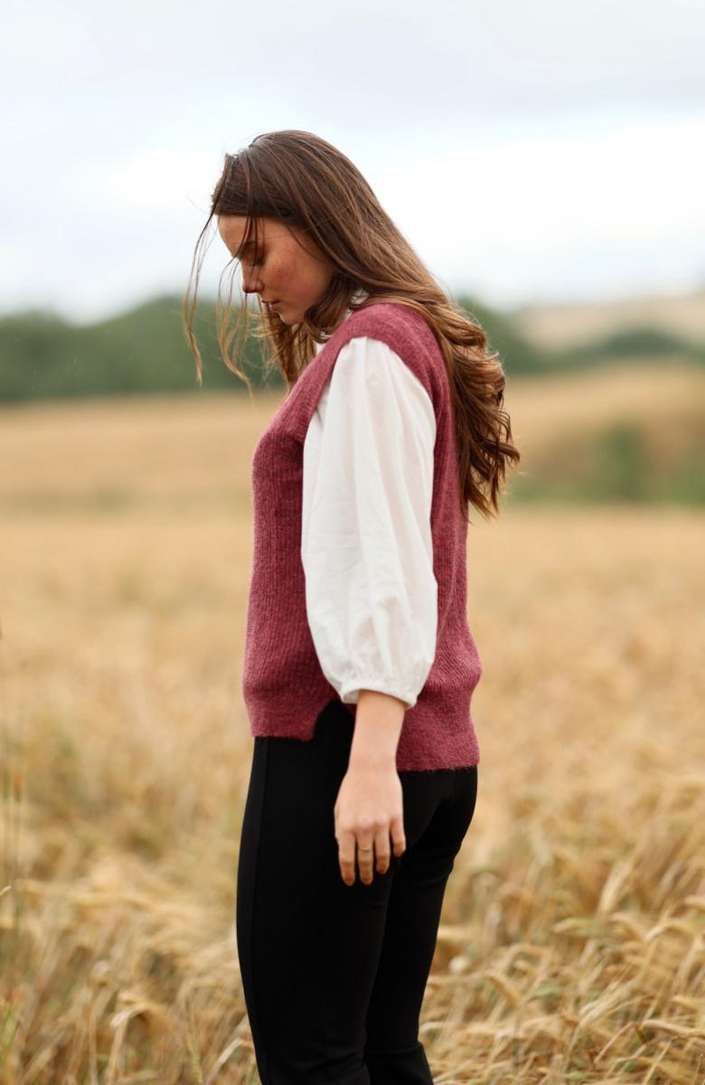 Anna Kamola - Connie Vest - Wine Red