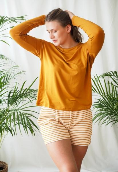 Bilde av Basic Apparel - Vendela shorts - Inca gold