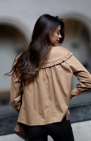 Bilde av Levete Room - Isla Solid 36 Shirt - Sahara