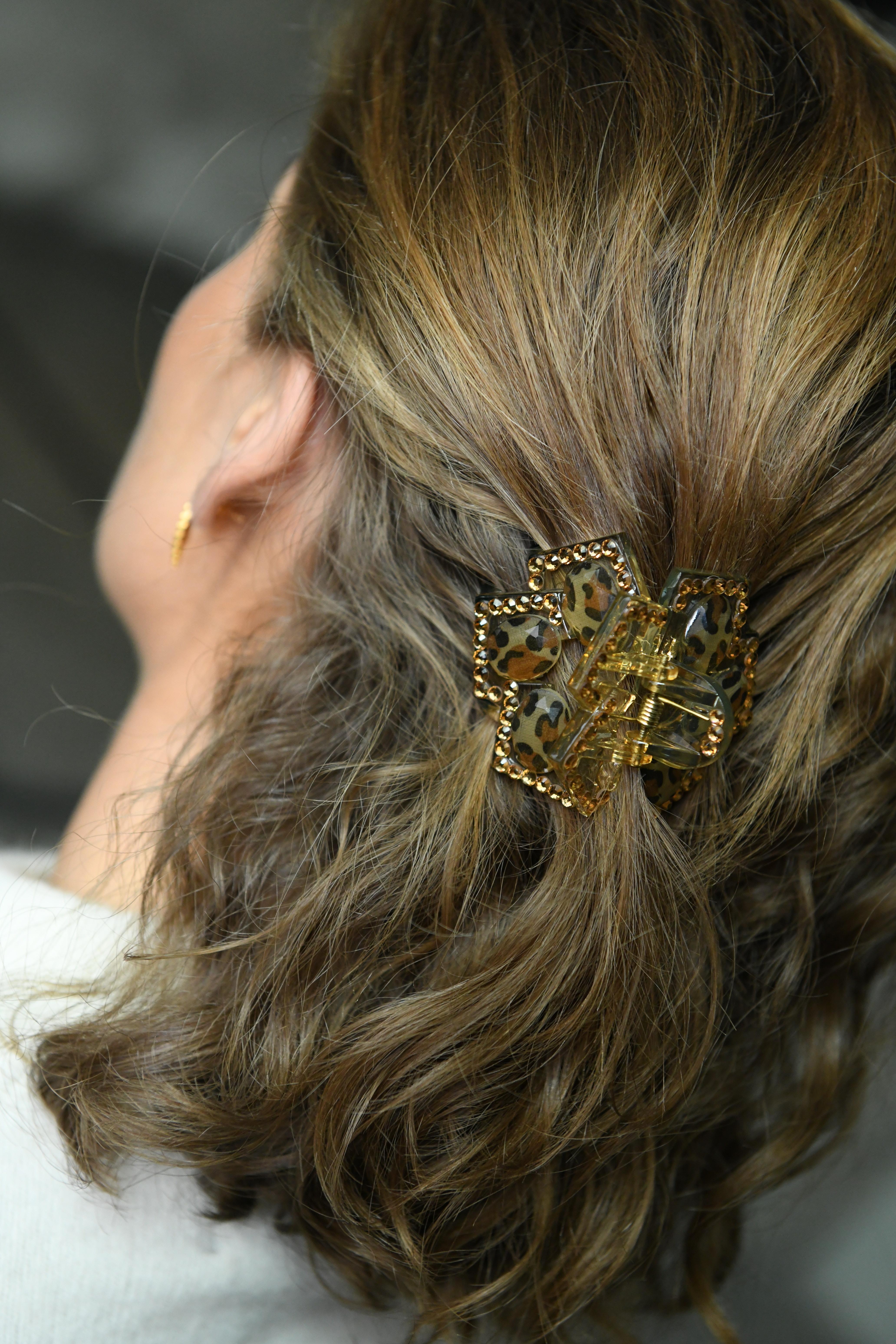 Bilde av Nectar - Hårklype blomst - Gold Diamond Leo