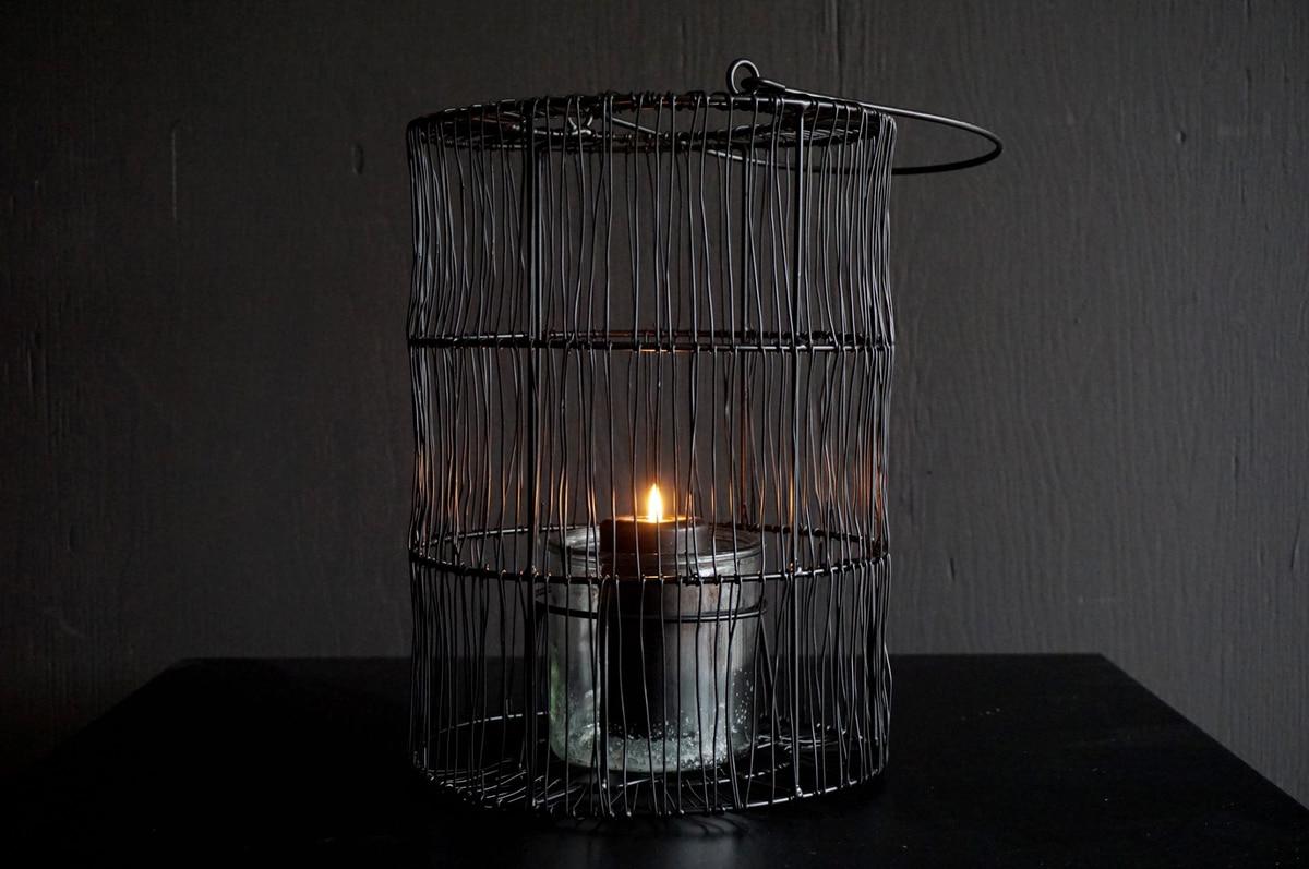 Metall lanterne, sort med glass holder, 30x21 cm