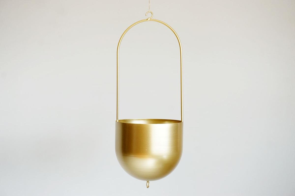 Hengepotte, gull, metall, 42 cm